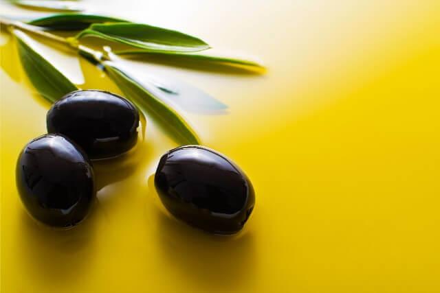 各国で生産されるオリーブオイルとその特徴と有名な産地