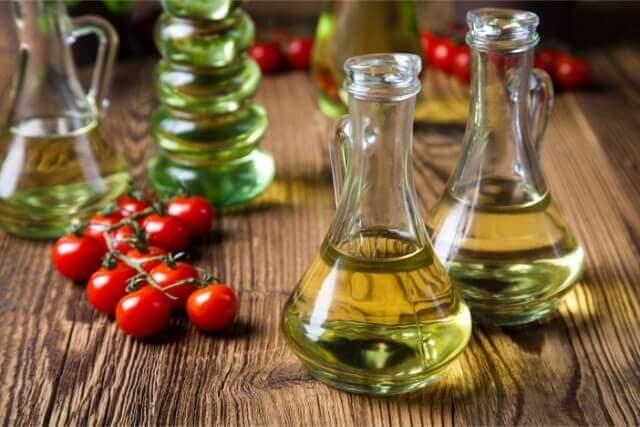 コレステロールを下げるオリーブオイルの成分と簡単レシピ