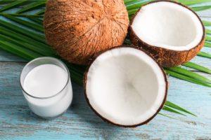 ココナッツオイルの健康効果